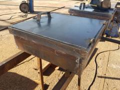 Manholes manhole(LL) for tanks,containers, factory new